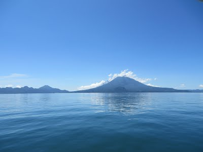https://sites.google.com/a/yuyanapaq.com/www2/lago-atitlan